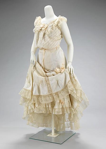 corset modelator pentru rochii